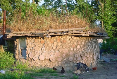 File:Cordwood Structure.jpg