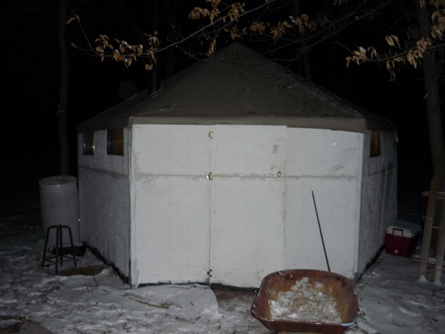 File:Outside Hexayurt.JPG